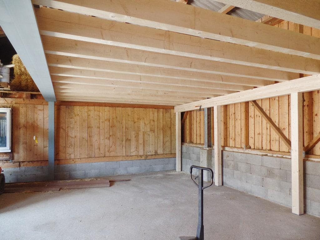 balkenlage bei remise einbauen in balterswil bau fair umbauten und photovoltaik. Black Bedroom Furniture Sets. Home Design Ideas