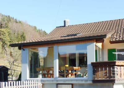 Verglasung gedeckter Sitzplatz in Bichelsee