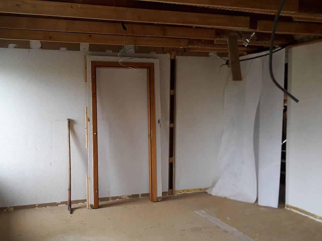aus zwei zimmer wird ein grosses in ettenhausen bau fair umbauten und photovoltaik. Black Bedroom Furniture Sets. Home Design Ideas