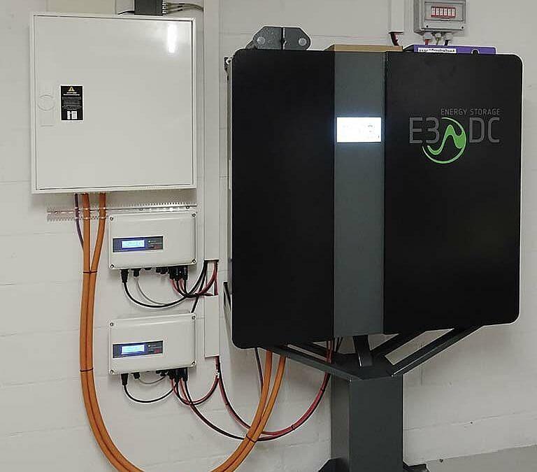PV-Anlage mit Batteriespeicher