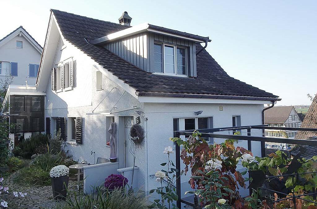 Dachgaube einbauen in Riedt bei Erlen